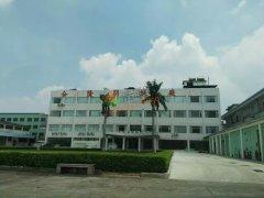 深圳市合隆羽绒厂――12吨平板太阳能+空气能热水工程
