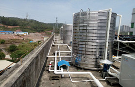 浩通热水工程——所有的热水管均做好良好的保温